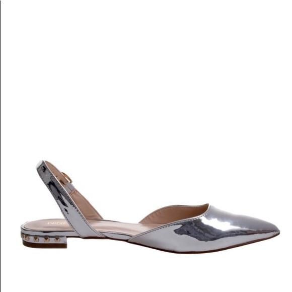 Nine West Silver Metallic Slingback Flat Sandals 6b985193227f